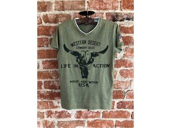 Tuff t shirt med tryck stl 158164 från Kappahl