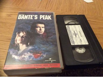 DANTES PEAK VHS Svensk text Pierce Brosnan,Linda Hamilton mm