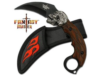 Fantasy Karambit Knife With Skull.