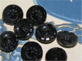 156, gamla knappar, Svart GLAS, fyrklövermönstrade victorian buttons 6st - Långås - 156, gamla knappar, Svart GLAS, fyrklövermönstrade victorian buttons 6st - Långås