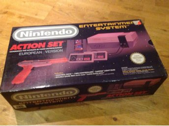 Nintendo, NES***Action Set Bundle***