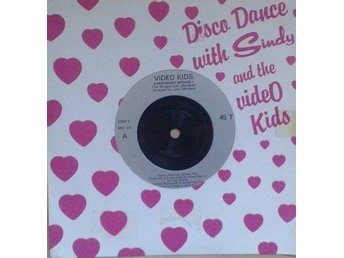 "Video Kids title* Everybody Boogie!* 7""UK"