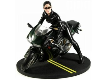 Matrix Trinity On Bike Gentle Giant MIB