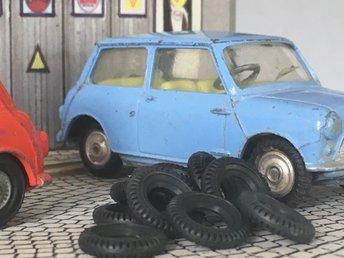 Däck 12mm Corgi Toys 8st - Kristinehamn - Däck 12mm Corgi Toys 8st - Kristinehamn