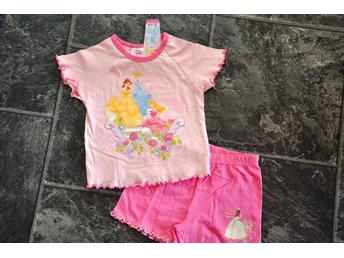 Ny st 98=2-3 år tröja + shorts disney o princess dream