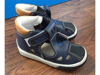 Nya Kavat mörkblå skinn sandaler strl 24 - Jönköping - Nya Kavat mörkblå skinn sandaler strl 24 - Jönköping