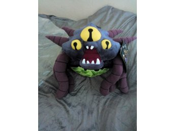 Heroes of the Storm Abathur Symbiote Plush Hatt   Blizzcon 2015