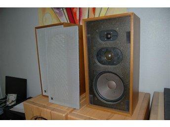Dual CL 172 klassiska högtalare från Tyskland - mycket bra ljud - - älghult - Dual CL 172 klassiska högtalare från Tyskland - mycket bra ljud - - älghult