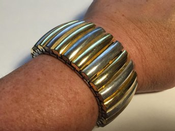 Armband brett silverfärgat (339401953) ᐈ Köp på Tradera fdeb99f86f9b7