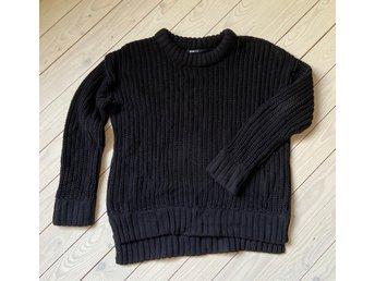 Gina Tricot svart stickad tröja L