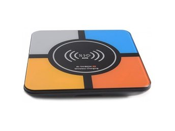 R-TV BOX S10 PLUS TV Box with Wireless Charging Voice Search