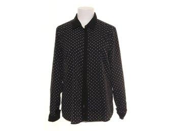 ᐈ Köp Damskjortor   blusar storlek 42 44 på Tradera • 3 146 annonser 96cd3350b30e9