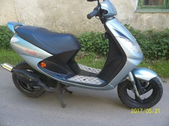 moped peugeut vivacity