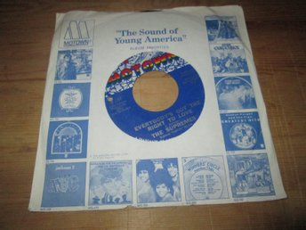 The Supremes – Everybody's Got The Right To Love / But I Love You More