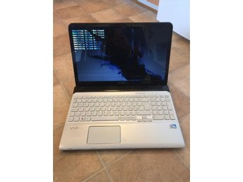 Sony VAIO SVE1513B1E  + 4GB +500gb HDD + Kamera +HDMI+ HD Graphics +15.5""