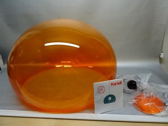 KARTELL TAKLAMPA FLY ORANGE