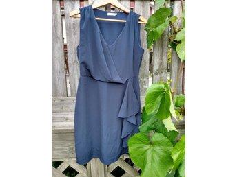 mq stockholm klänning blå