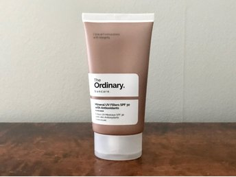 The Ordinary Mineral UV Filters SPF 30 with Antioxidants Solkräm Hyaluronsyra
