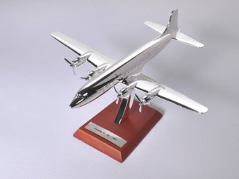 Atlas Editions Douglas DC-6B - 1/200 scale - silver-plated!