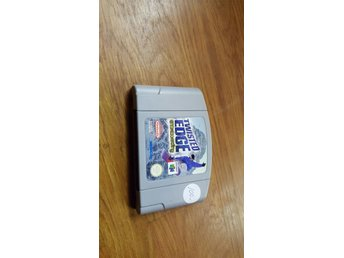 TWISTED EDGE SNOWBOARDING N64