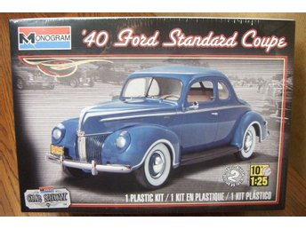 Revell Monogram 1/24 1940 Ford Standard Coupe