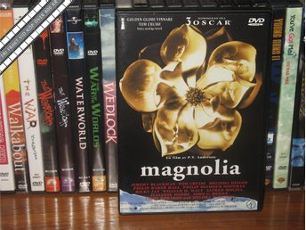MAGNOLIA (2-Disc) - Tom Cruise - P.T. Anderson *UTGÅNGEN DVD* - Svensk text - åmål - MAGNOLIA (2-Disc) - Tom Cruise - P.T. Anderson *UTGÅNGEN DVD* - Svensk text - åmål