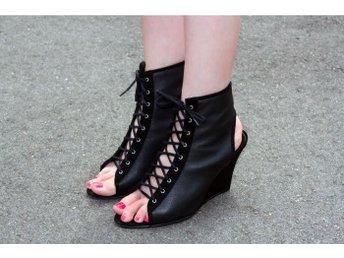 Acne kilklack. Sandal. Heels. Wedge. 37 - Gävle - Acne kilklack. Sandal. Heels. Wedge. 37 - Gävle