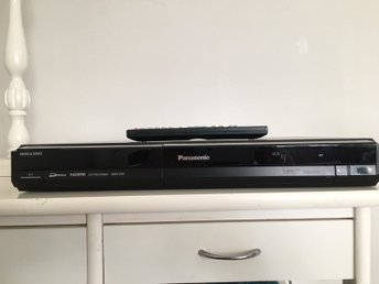 Panasonic DIGA DMR-EH57 DVD recorder / HDD 160GB MED HDMI