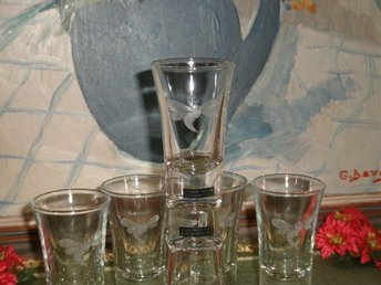 SNAPS SHOTGLAS VODKA WHISKY GLAS FLERO FORM NYBRO NY SKICK - Eslöv - SNAPS SHOTGLAS VODKA WHISKY GLAS FLERO FORM NYBRO NY SKICK - Eslöv