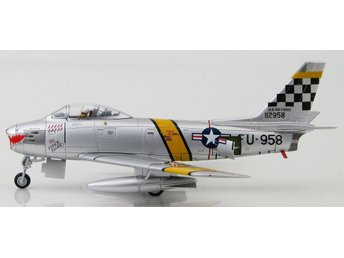 HM diecast Korean War F-86 Sabre - 1/72 scale. Nice!