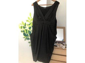 afda03a41750 Långklänning klänning strand vardag fest L (351352178) ᐈ Köp på Tradera