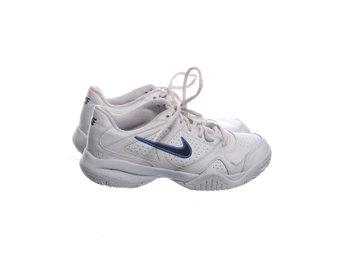 super popular 2e2ea 9e702 Nike, Träningsskor, Strl  37.5, Nike City Court 6, Vit Svart