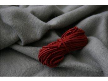 10 meter läderband rött - röd 3mm brett - läderrem - Sundsvall - 10 meter läderband rött - röd 3mm brett - läderrem - Sundsvall