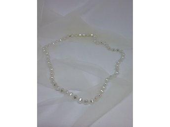 d4079d16fded Retro smycke bijouteri halsband glittrande vita kantiga pärlor