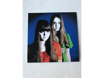 "First Aid Kit - Univeral Soldier. Vinyl 7"". Ospelad. Utgången"