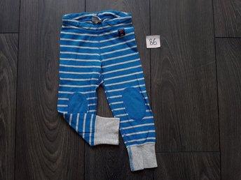 POP Polarn och pyret randiga leggings blå/grå storlek 86 - Norrköping - I fint använt skick enligt bilder.Undrar ni något så bara skriva så svarar jag i mån av tid , - Norrköping