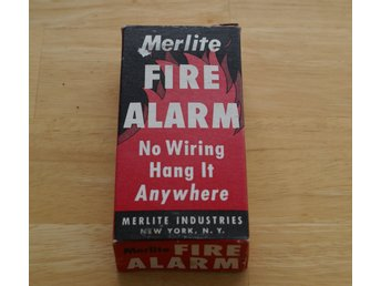 VINTAGE 1950s MERLITE FIRE ALARM IN BOX