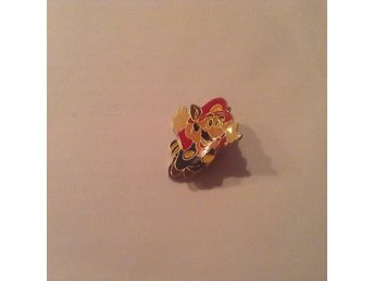 Nintendo Super Mario Pin