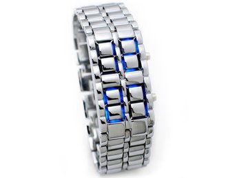 lava samurai klocka. silver bracelet with blue Led