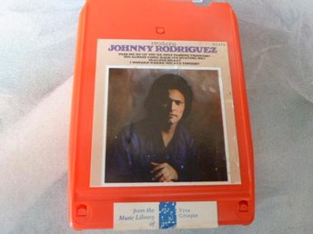 JOHNNY RODRIGUEZ, INTRODUCING JOHNNY RODRIGUEZ, KASSETTBAND, 8-TRACK - Anderstorp - JOHNNY RODRIGUEZ, INTRODUCING JOHNNY RODRIGUEZ, KASSETTBAND, 8-TRACK - Anderstorp