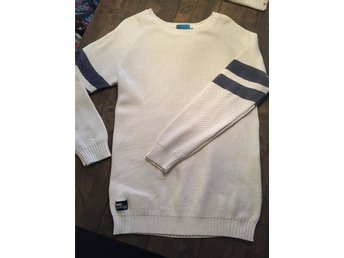 warp stickad tröja stl L - Ljungbyhed - warp stickad tröja stl L - Ljungbyhed