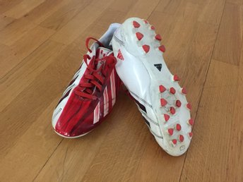 Adidas Messi Artificial Grass soccer boots
