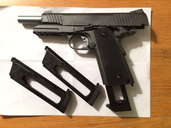 WELL G194 Co2 - COLT 1911, full metall Airsoft pistol, air soft, softairgun - Göteborg - WELL G194 Co2 - COLT 1911, full metall Airsoft pistol, air soft, softairgun - Göteborg