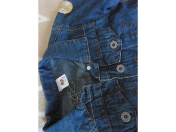 SPORTY GIRL jeans lätt jackan stl. 122 - Varberg - SPORTY GIRL jeans lätt jackan stl. 122 - Varberg