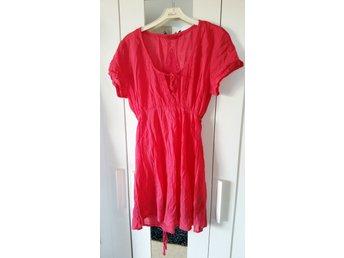 a85db78c9c3e Korall multiwrap klänning (338021822) ᐈ Köp på Tradera
