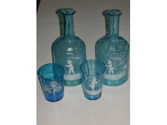 2 antika turkosa  Mary Gregory karaffer samt 2 glas