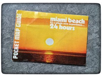 Miami Beach 1970 Pocket map guide Vintage Astro-fold Retro Florida udda karta