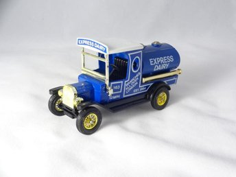 1912 Ford Model T Tanker / Dairy / Matchbox Lesney / MoY