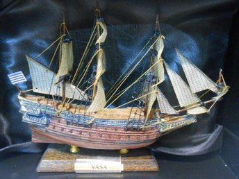 Spring Sale! Model of Vasa-skeppet - 1/450 scale - 1-kronas!