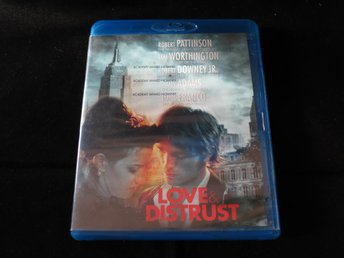LOVE & DISTRUST (Blu-ray) Robert Pattinson